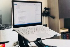 5 Reasons Why You Might Need A Laptop Stand